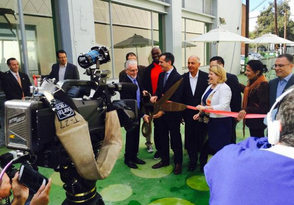 Krekorian, Garcetti, Reynolds, local officials and a big pair of scissors. Photo: Tina Backstrom, LADOT