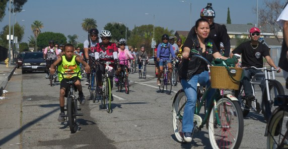 From cruisers to roadies -- everybody rides. Sahra Sulaiman/Streetsblog L.A.