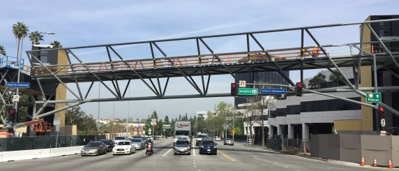 Metro's new Universal City bridge is nearly complete. Photos by Joe Linton/Streetsblog L.A.