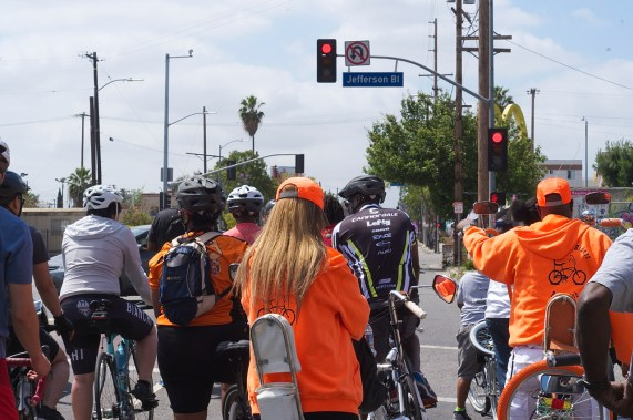 The group, comprised of folks from Detroit, Simi Valley, Pomona, and parts of L.A., heads for Watts. Sahra Sulaiman/Streetsblog L.A.
