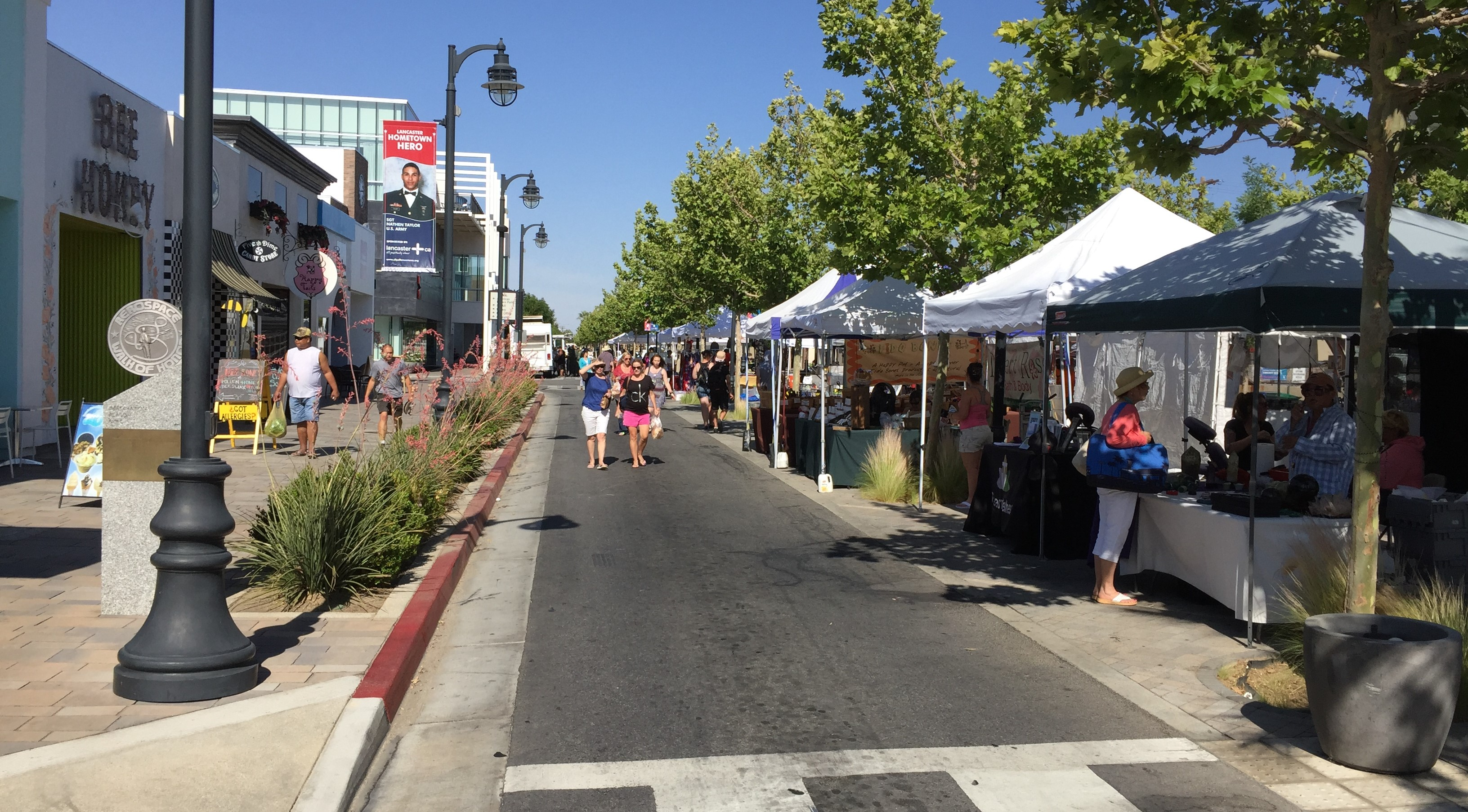 Thursday Farmers Market on closed-to-cars Lancaster Boulevard