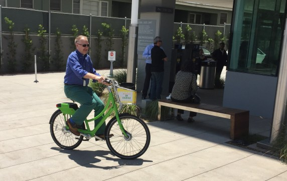 West Hollywood's new bike-share system opened yesterday. Photos: Joe Linton/Streetsblog L.A.