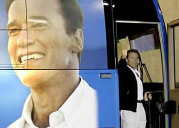 arnold_on_the_bus.jpg