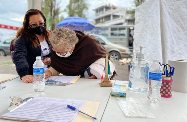 Con 28 mil firmas, los habitantes de Tláhuac refrendan su compromiso con la democracia y la justicia