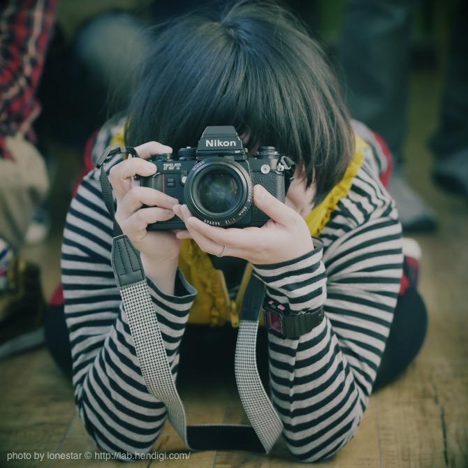 iPhoneをカメラとして使うなら覚えておきたい撮影時の構え方