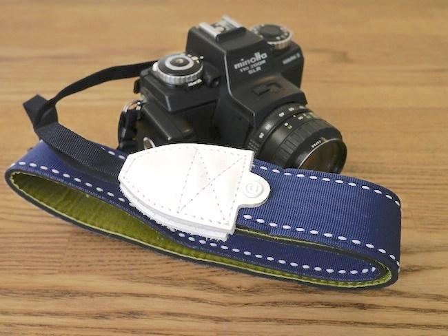 ブラッシュアップスタンダード HD カメラストラップ