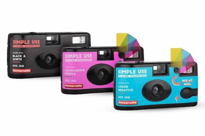 フィルムが交換出来るカラーフィルター付き「レンズ付きフィルム」がロモグラフィーから発売!