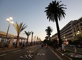 Attacco terroristico a Nizza
