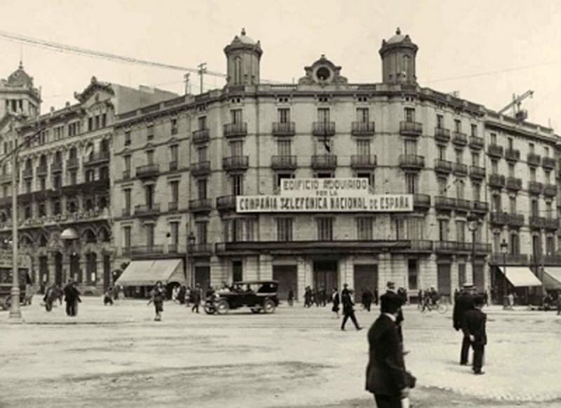 Edificio de Telefónica de Plaza Cataluña - Edifici de Telefònica de Plaça  Catalunya - La Barcelona de antes