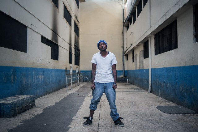"""""""Loko Arte"""" vive su segunda condena en el Centro de Detención Provisional del Inca a la espera de su traslado."""