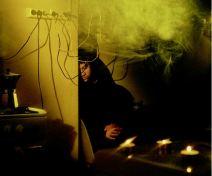 House Taken Over (Cables). Mauro Fariñas. Fuente: http://www.maurofarinas.net/
