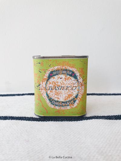 Extra vergine olijfolie met Basilicum - Conoimento
