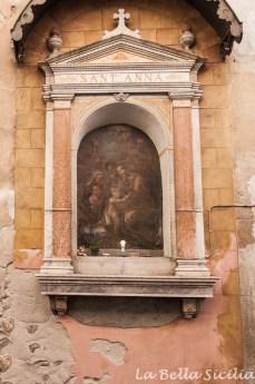 Kapliczki na ulicach Palermo