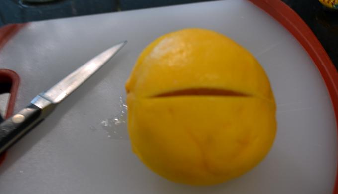 Preserved-lemon-cut