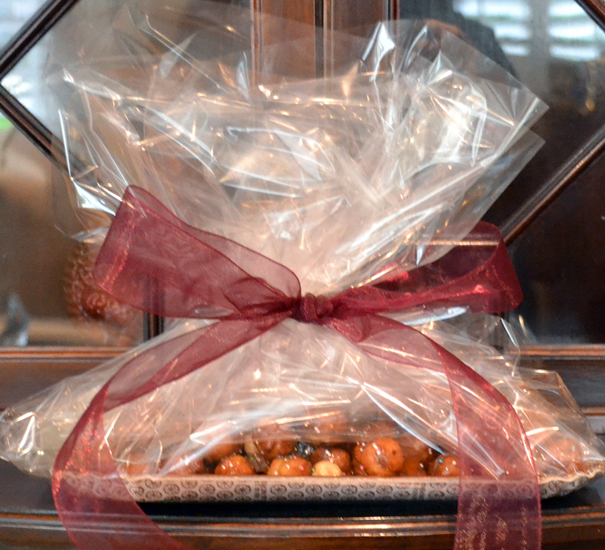 Struffoli wrapped for giving | labellasorella.com