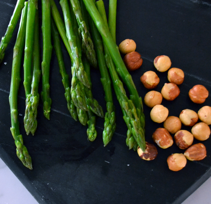 Spring Asparagus and Lightly Toasted Hazelnuts for Asparagus Frittata | labellasorella.com