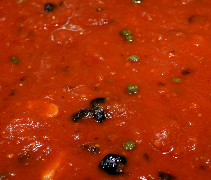 Puttanesca sauce | labellasorella.com