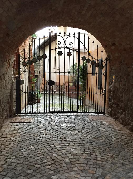 La Morra Piemonte | labellasorella.com