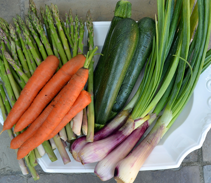 The bounty of the summer harvest for Summer Vegetable Soup | labellasorella.com