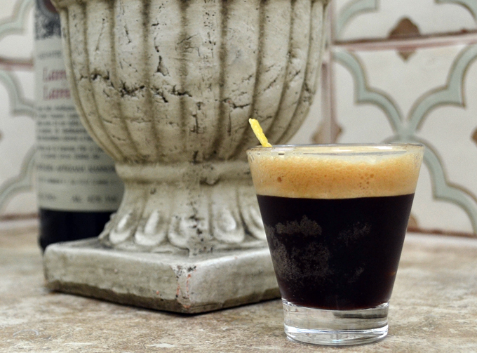 Caffe Shakerato Corretto, a chilled treat with a kick. | labellasorella.com