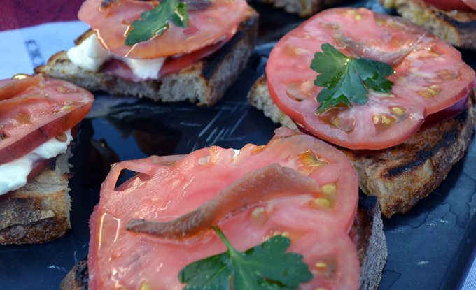 Bruschetta with Tomato, Mozzarella & Anchovy | labellasorella.com