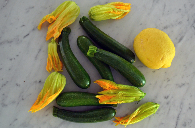 Garden fresh zucchini, zucchini flowers, and lemon | labellasorella.com