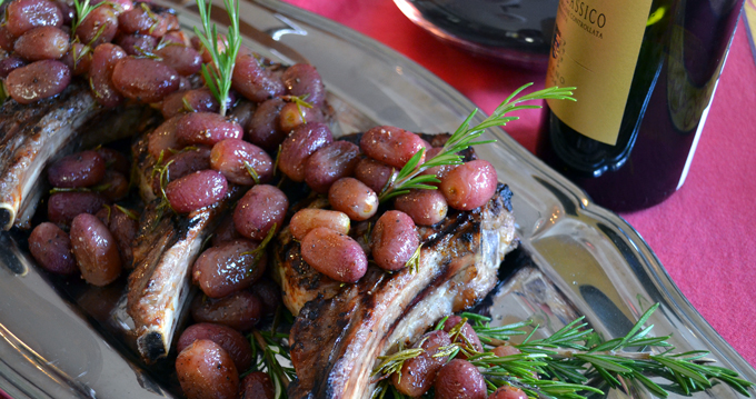 Grilled Veal Chops with Rosemary Roasted Grapes | labellasorella.com