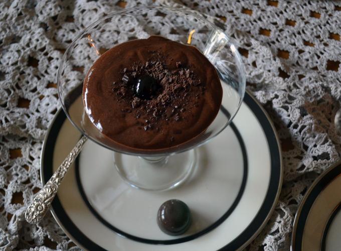 Bittersweet Chocolate Zabaglione | labellasorella.com