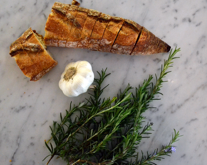 Good quality bread, fresh rosemary & garlic are essential for Ceci Bruschetta | labellasorella.com