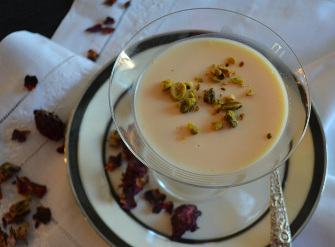 Lusciousness in a glass, Saffron Panna Cotta | labellasorella.com