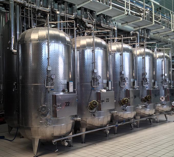 The fermentation tanks at Prosecco Il Colle   labellasorella.com