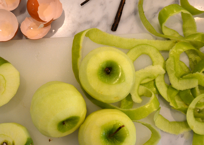 Preparing the ingredients for Apple & Olive Oil Cake   labellasorella.com