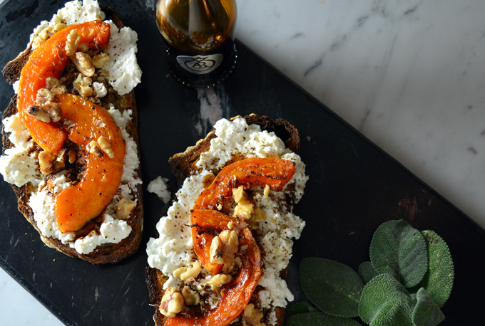 Bruschetta with Butternut Squash | labellasorella.com