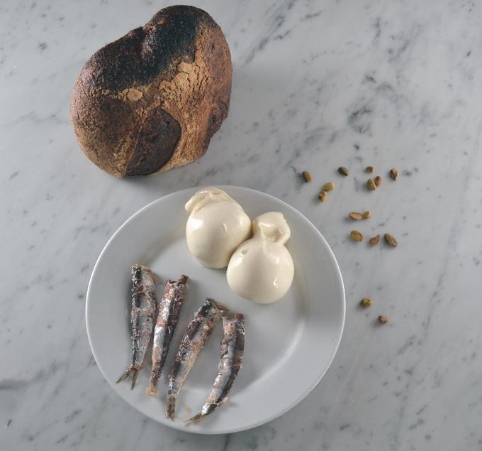 Simple ingredients Bruschetta with Buratta, Anchovy and Pistachio   labellasorella.com