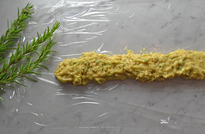 Preparing the biscotti logs | labellasorella.com
