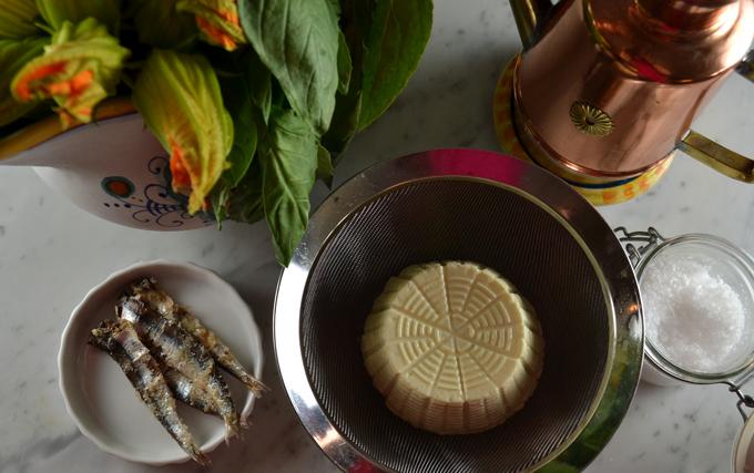 The essentials for Stuffed Zucchini Blossoms | labellasorella.com