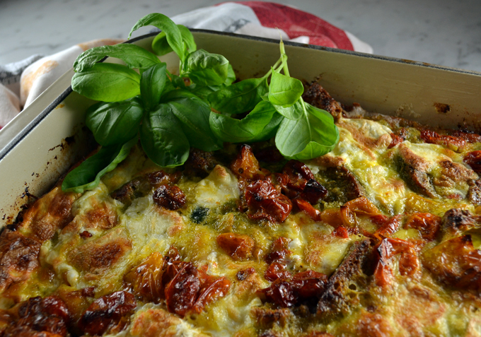 Roasted Tomato & Zucchini Strata for a Crowd | labellasorella.com