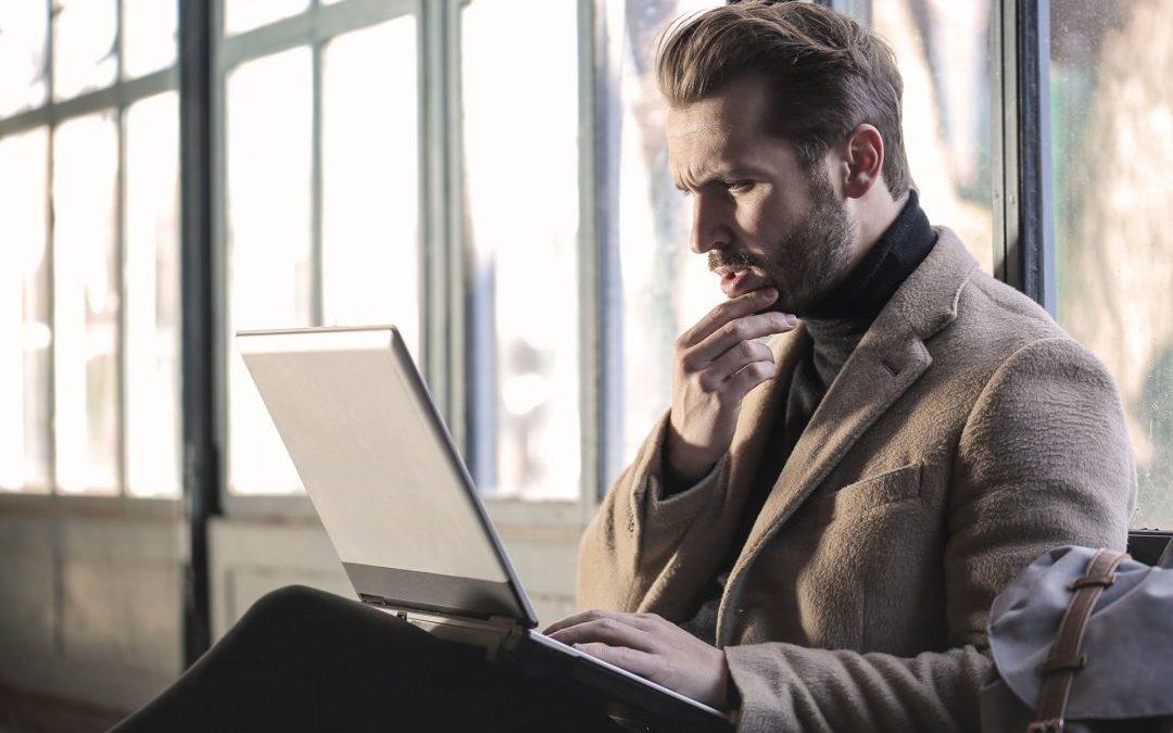 MBA ou pós-graduação: qual é melhor para o seu momento de carreira?