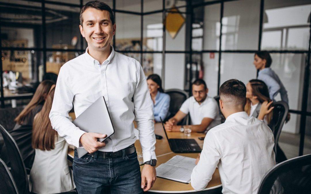 10 maneiras de alcançar o desenvolvimento profissional