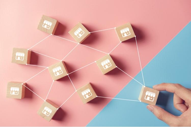 Como a comunhão do digital e do físico pode beneficiar o setor de franchising?