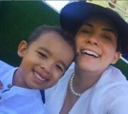 Eulyn López Mazara y su hijo Matías
