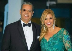 "Felipe Polanco ""Boruga"" junto a esposa Maggie Morales"