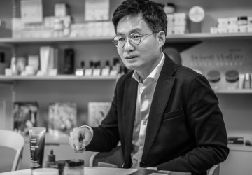 From an engineering to k-beauty expert – Lab and Company CEO Mr. Kim