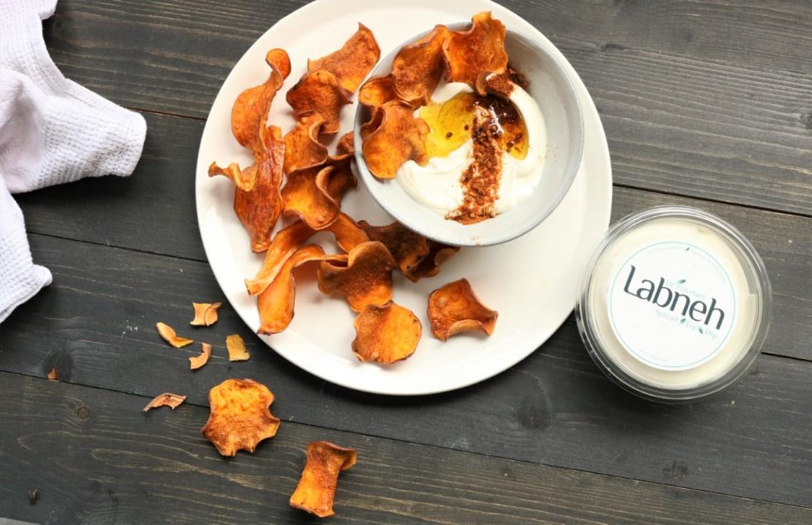 Labneh vegetable chips