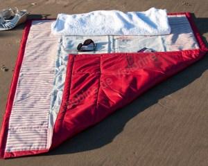 Plaid de plage Les cabanes_tour rouge_08 (Copier)