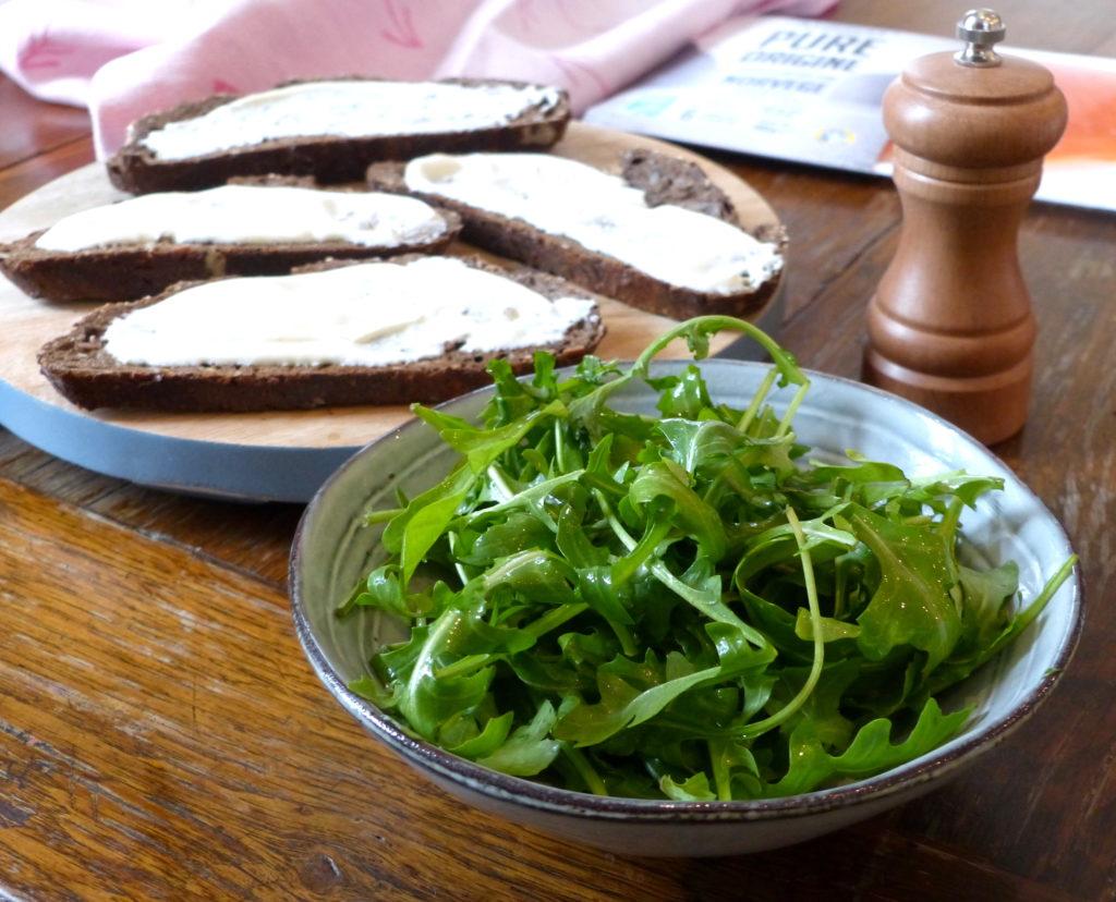 tartine-délicieuse-saumon-et-roquette-3.jpg