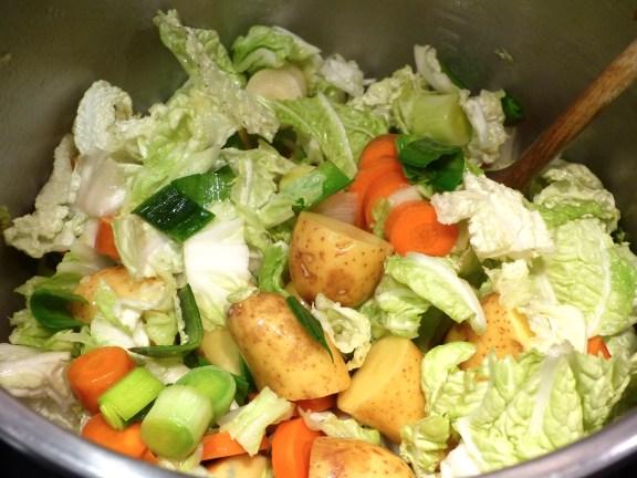 soupe-paysanne-aux-restes-de-poulet-2.jpg