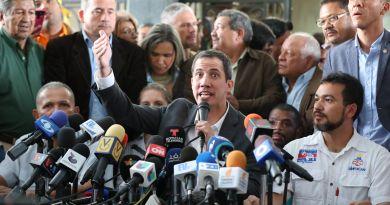 Guaidó anuncia gira y gran manifestación para reclamar el poder en Venezuela