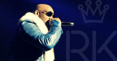 El cantante R. Kelly, acusado formalmente de abusos sexuales a tres menores
