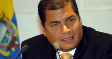 """Correa lamenta elección de fiscal general en Ecuador para """"cubrir corruptela"""""""